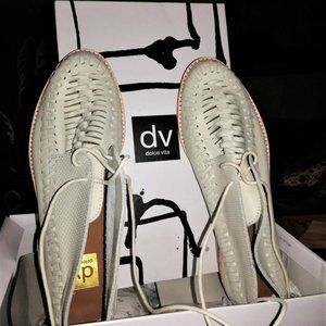 Dolce Vita Leather FIO Lace Up Shoes (Bone)  9.5